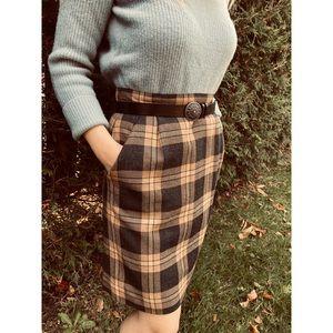 VINTAGE plaid wool brown and black fall skirt